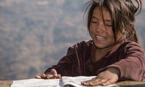 372b9bd17764 France Parrainages permet aux enfants d être scolarisés